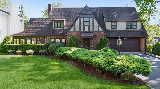 14 Fernway Scarsdale New York
